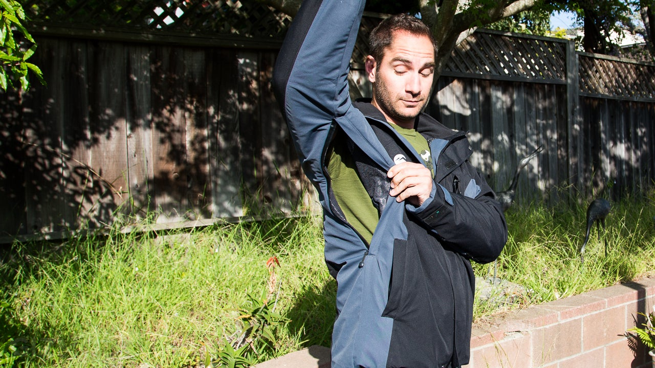 Lukla Endeavour Hands-On: An Aerogel Jacket That Doesn't Overheat