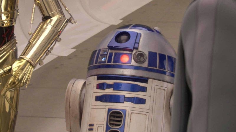 There's A New Actor Playing R2-D2 In Star Wars: The Last Jedi