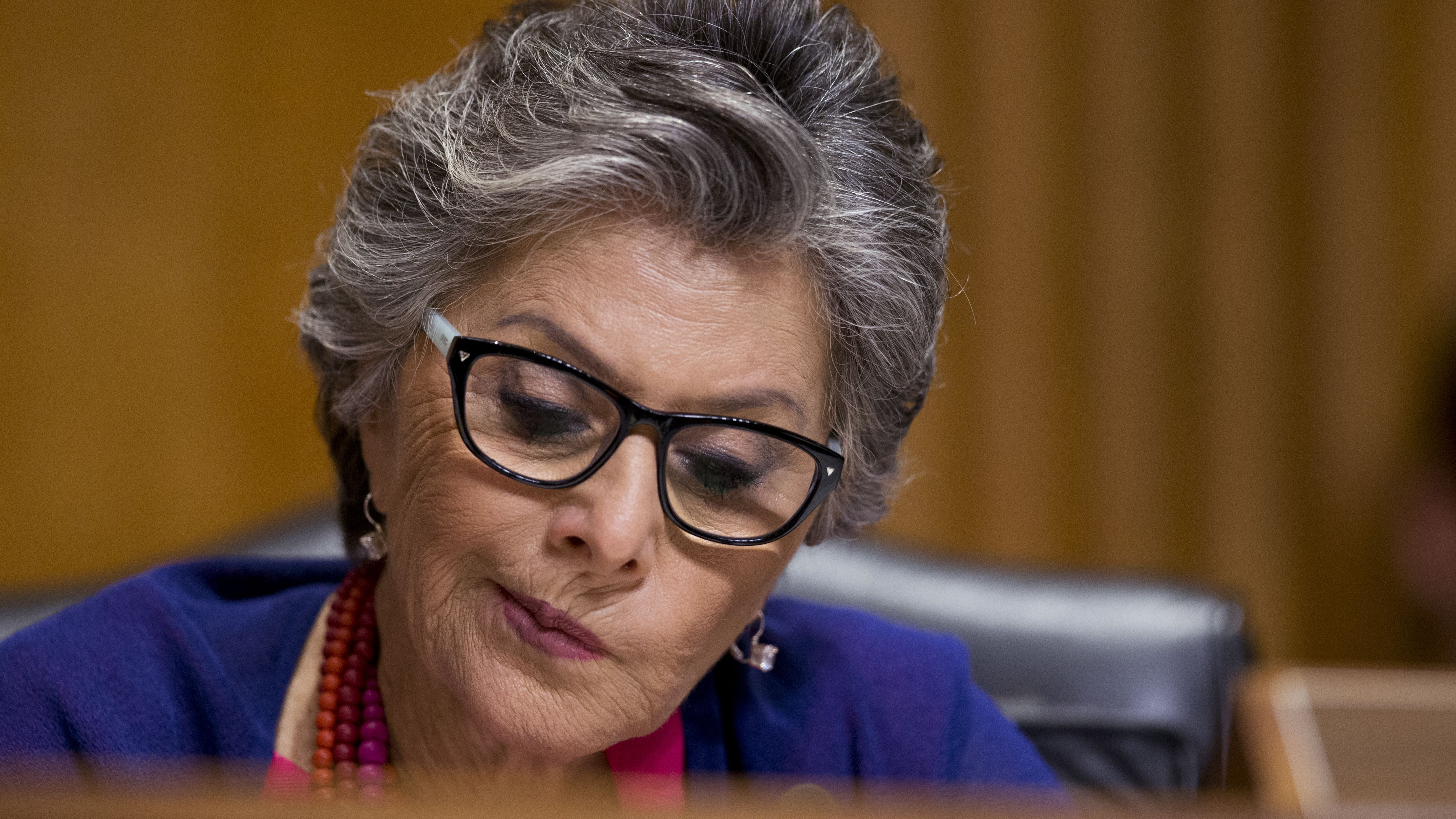 This Rumour About Senator Barbara Boxer's Views on iPhone Encryption Is Too Amazing to Be True