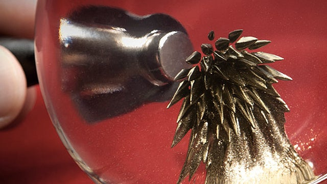 Golden Ferrofluid Fulfils Your Midas and Magneto Fantasies