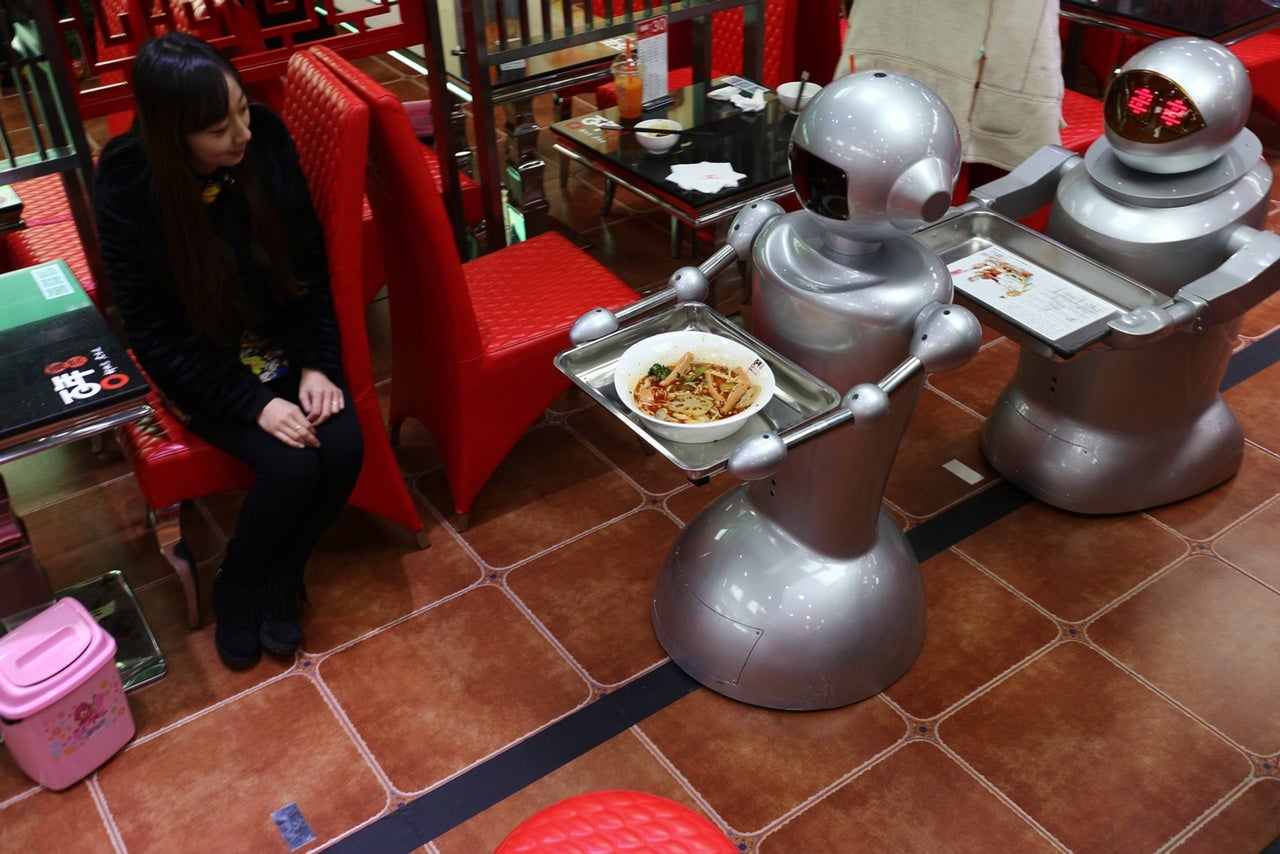 Restaurant With Robot Waiters Is A Blast From Futures Past