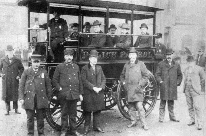 Boston's First Police Cars Were Steam-Powered