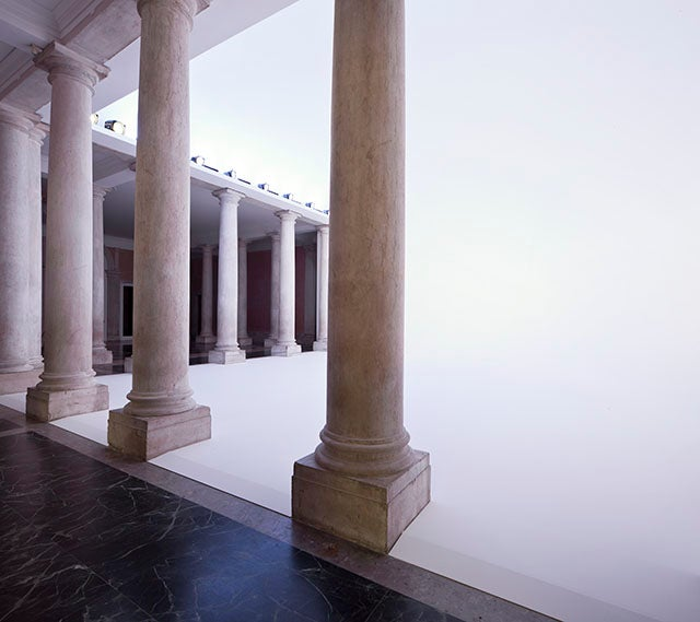 This Classical Venetian Palazzo Is Like a Chill Portal to the Afterlife