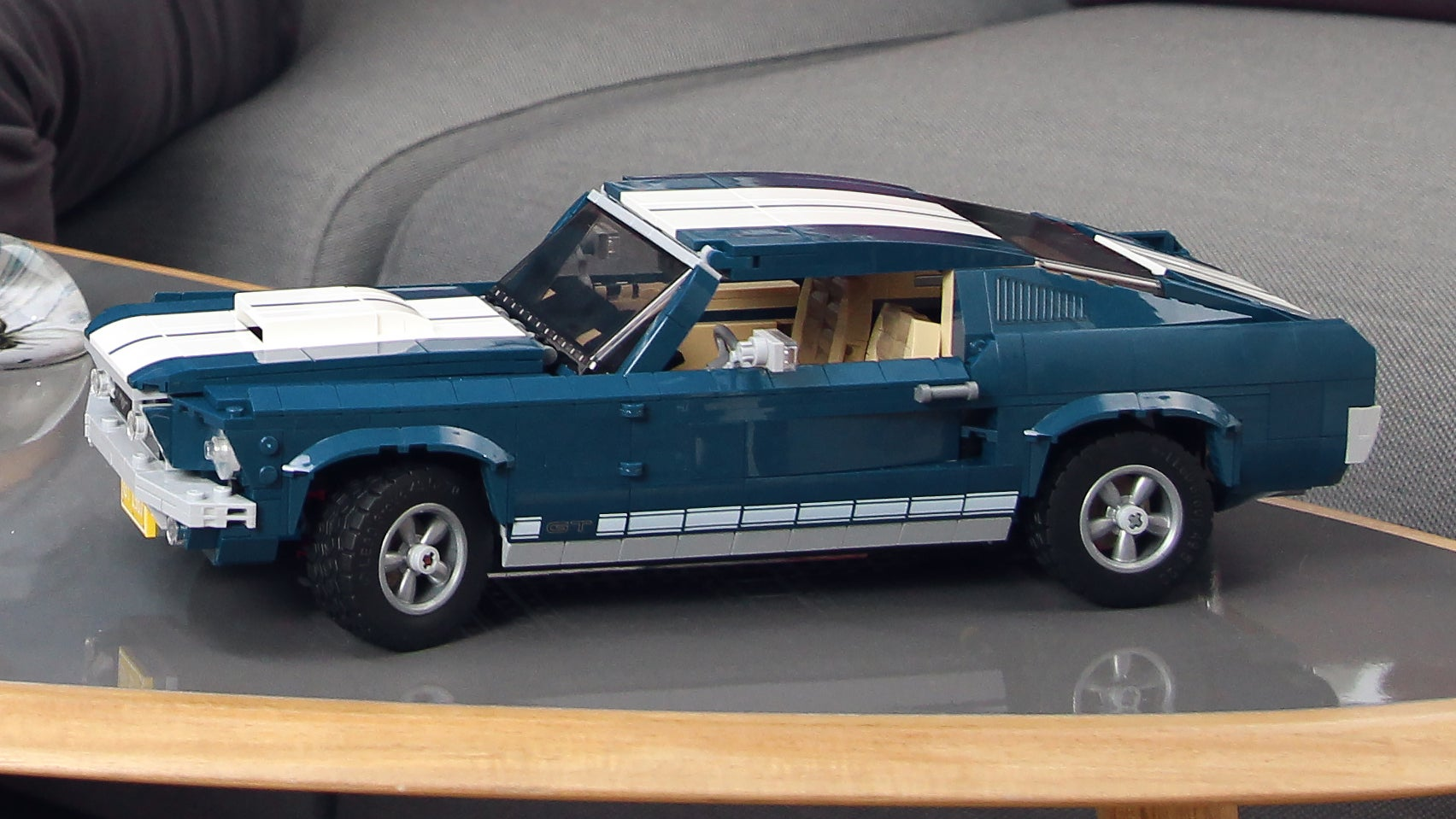 Lego Ford Mustang : if you can 39 t afford a real 1967 ford mustang there 39 s always this lego version gizmodo australia ~ Aude.kayakingforconservation.com Haus und Dekorationen