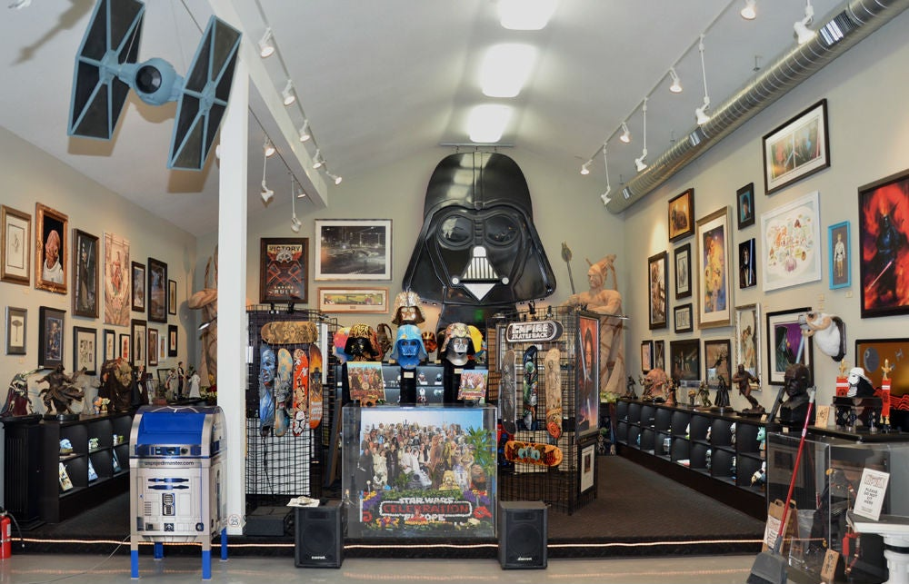 Owner of largest 'Star Wars' memorabilia collection robbed