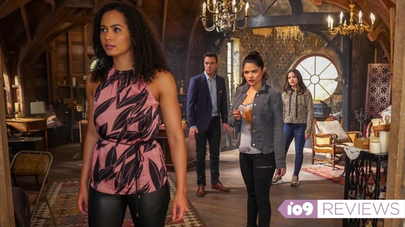 Charmed's Season 2 Premiere Just Got A Fresh Start In The Most Dramatic Way Possible