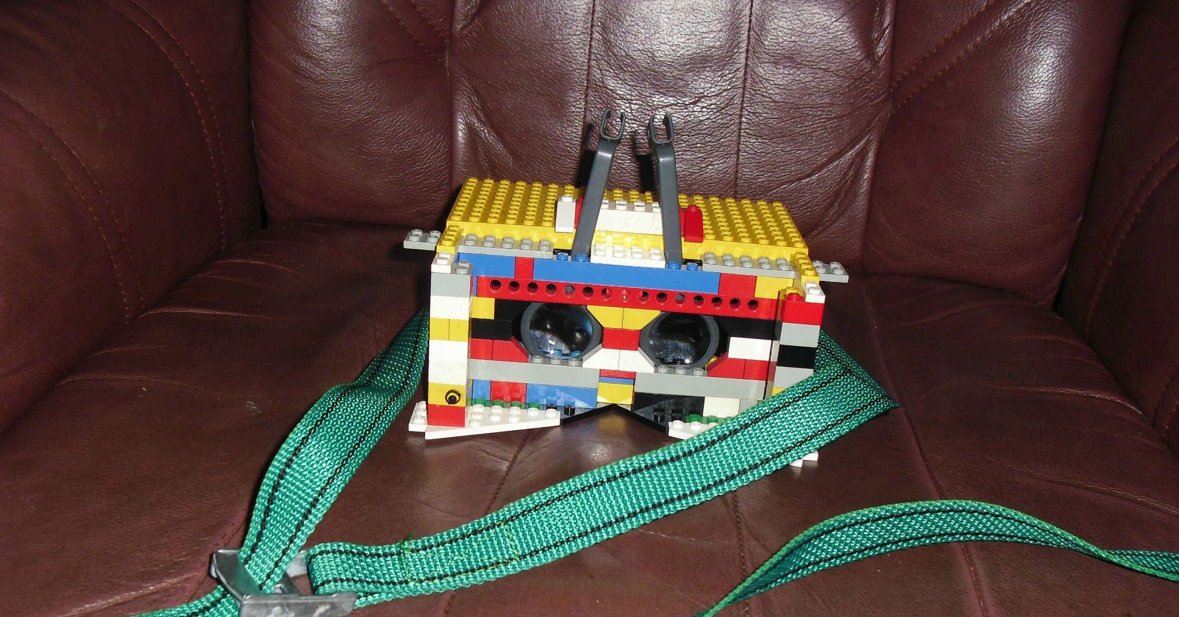 Who Needs an Oculus Rift When You Can Just Strap Lego To Your Face