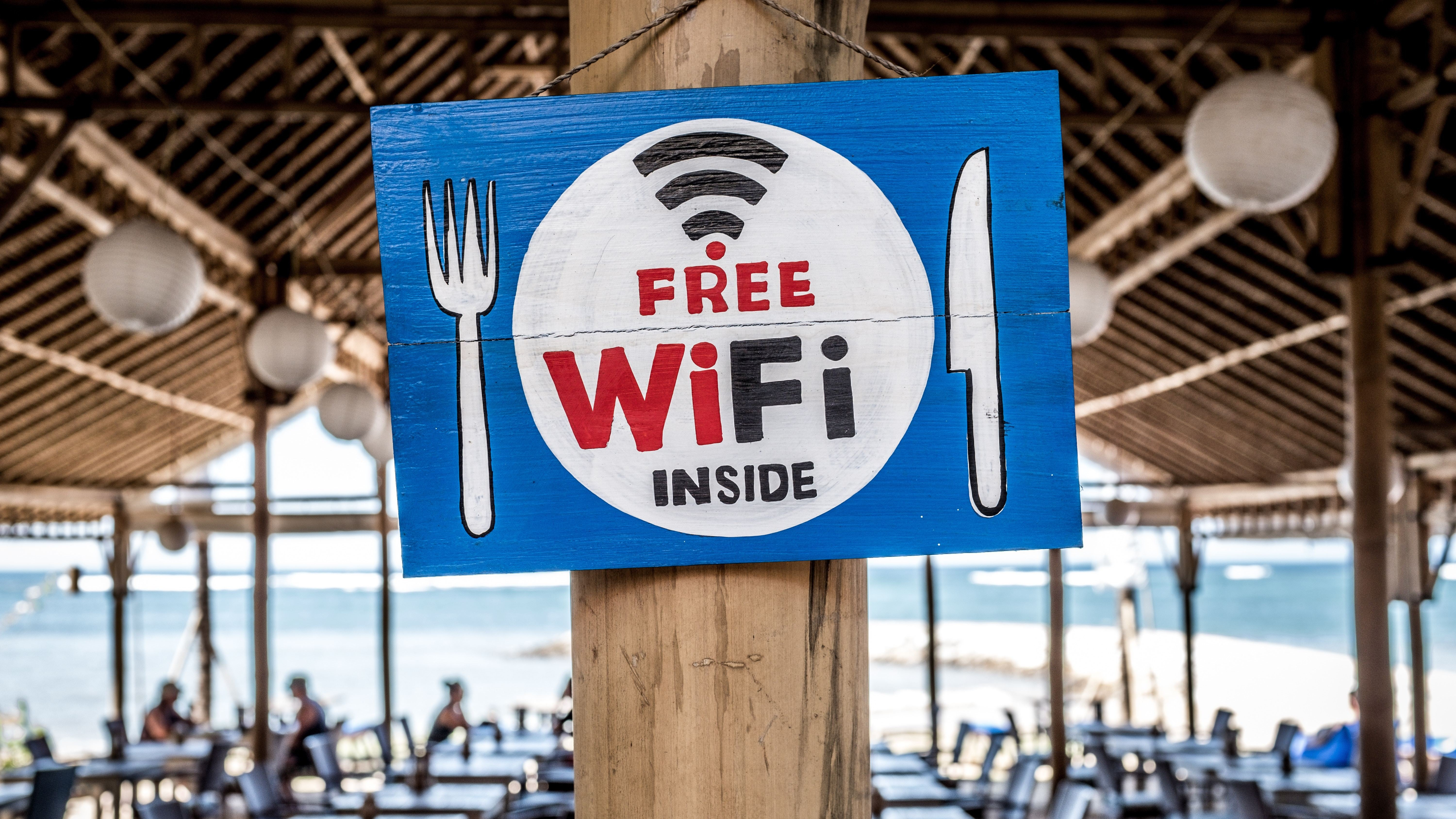 See How Bad Your Wi-Fi Situation Really Is With WiFi Analyser