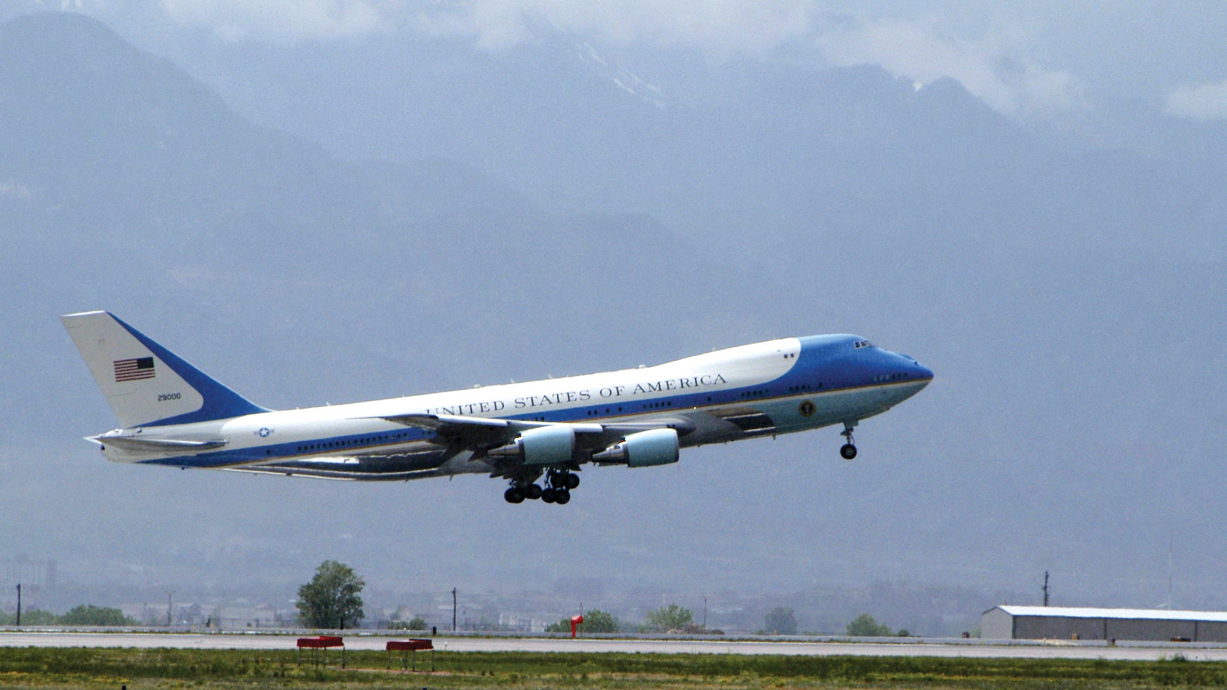 The USAF Bargain-Shopped Undelivered Jets From Russia For Air Force One: Report