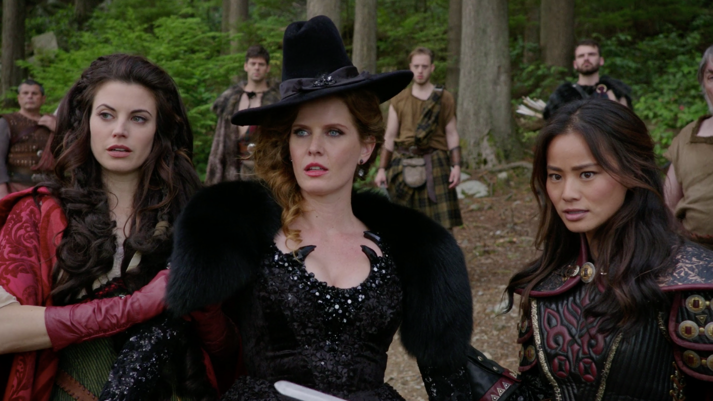8 Once Upon A Time Character Relationships So Crazy They Were Basically Fan Fiction