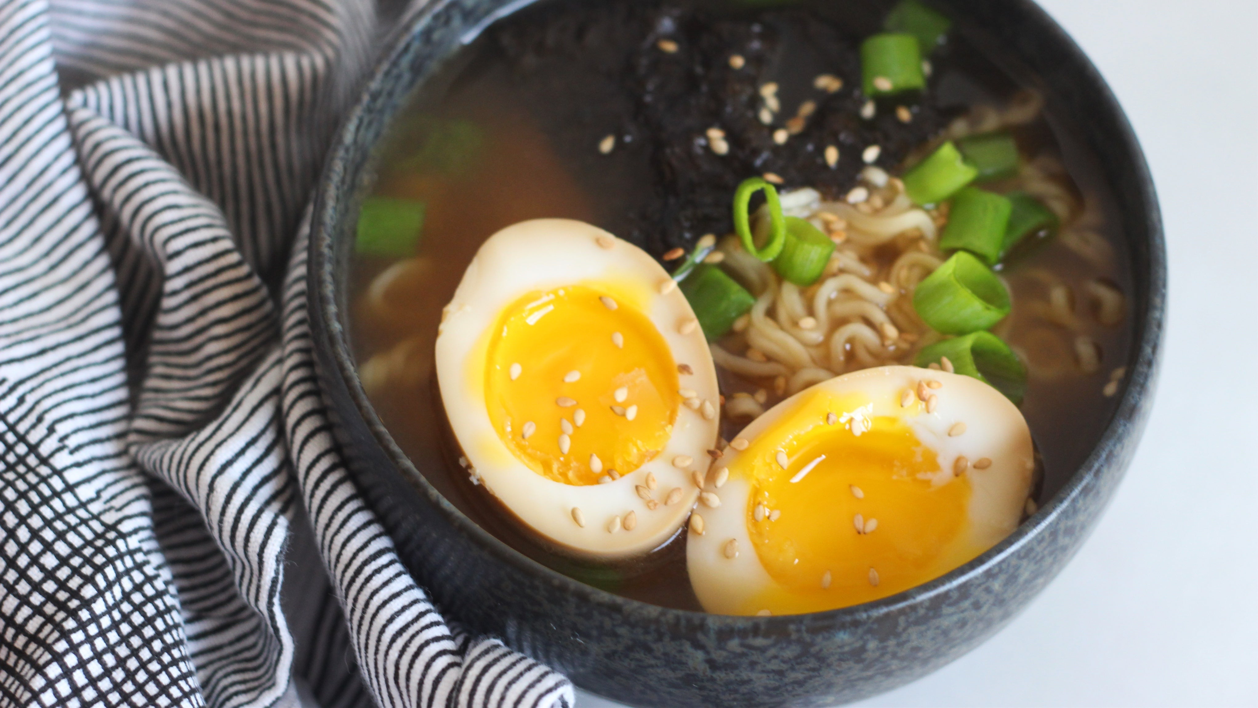 How To Make A Ramen Egg