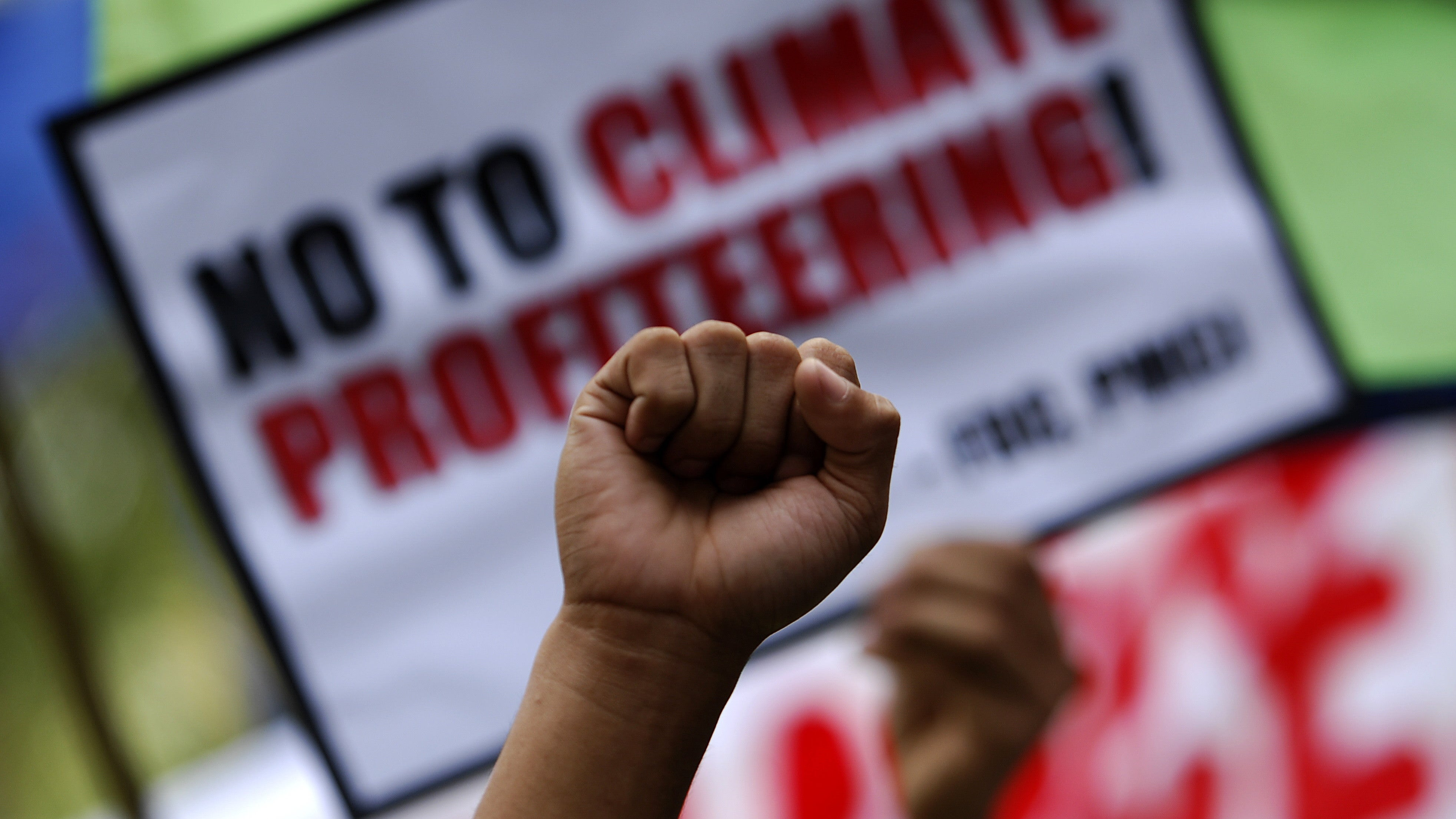 Environmental Organisers Aren't Just Fighting The Climate Crisis, They're Fighting To Unionise