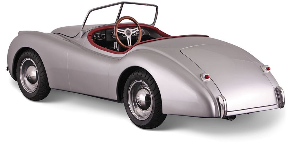 A Tiny Drivable Jaguar Replica Might Be the Perfect Car For Big City Commutes