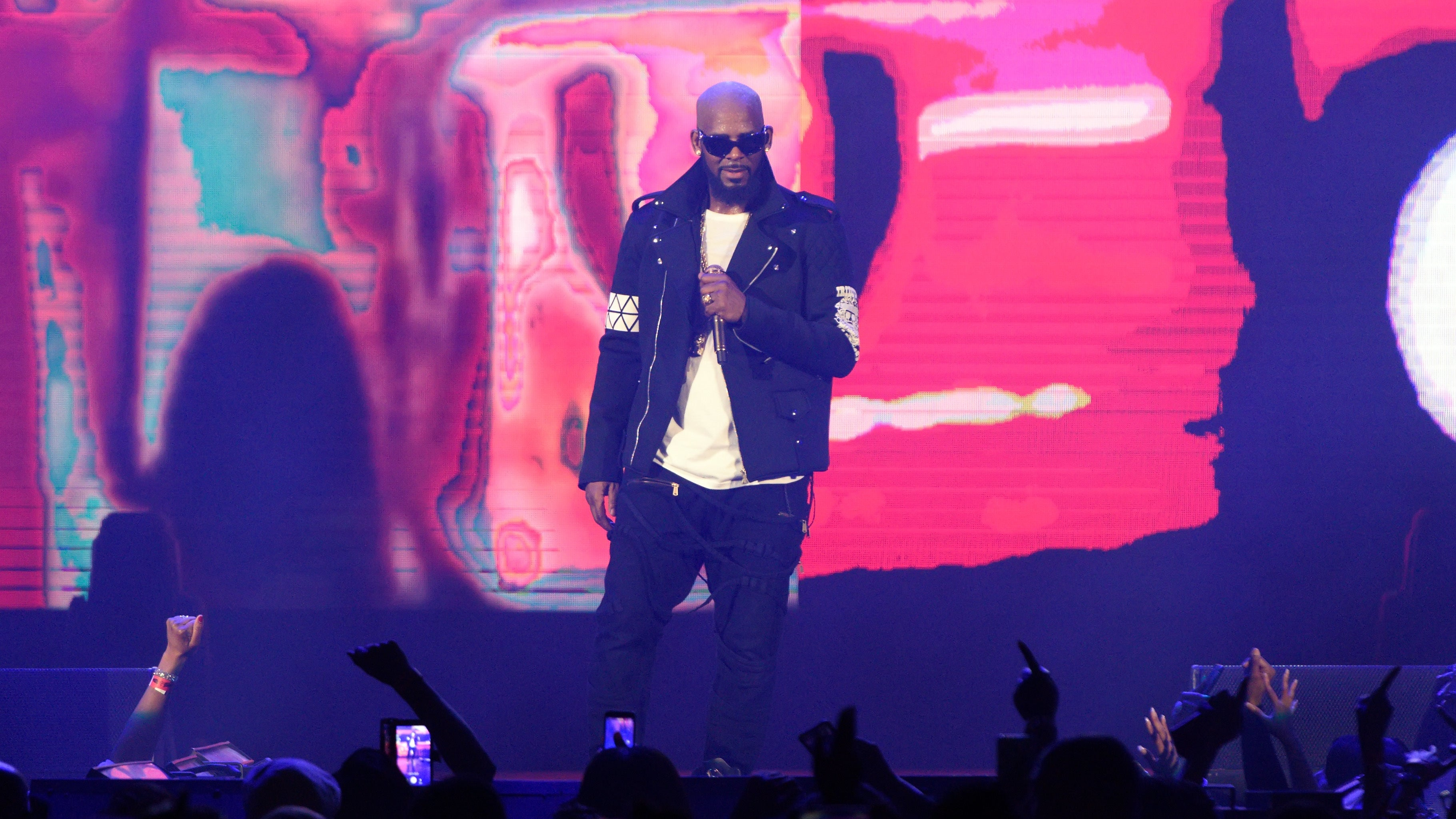 Spotify To Stop Promoting R. Kelly With New 'Hate Content And Hateful Conduct' Policy