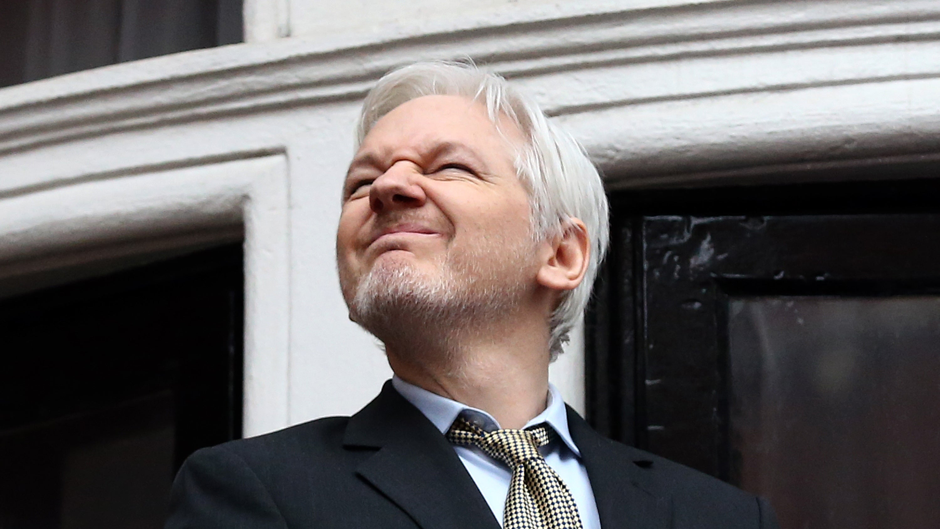 Nice Guy Julian Assange Says WikiLeaks Will Help Tech Companies Deal With The CIA