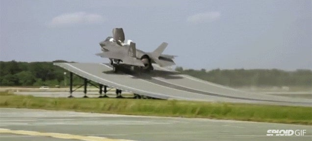 Watch a F-35 fighter jet take off from a ski jump