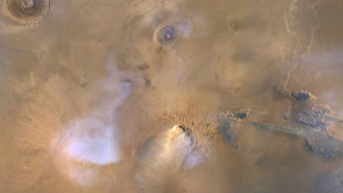 Gigantic Dust Towers On Mars Could Explain How The Red Planet Lost Its Water