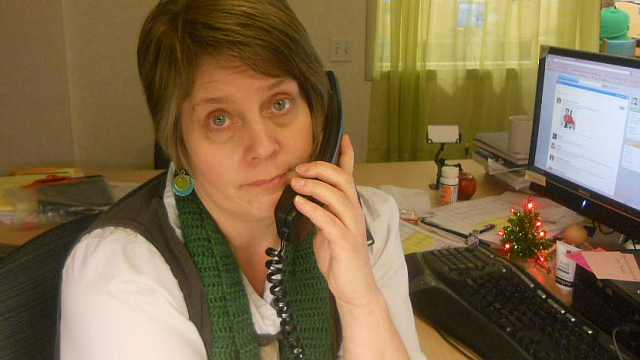 How to Tame Your Work Phone and Be Productive