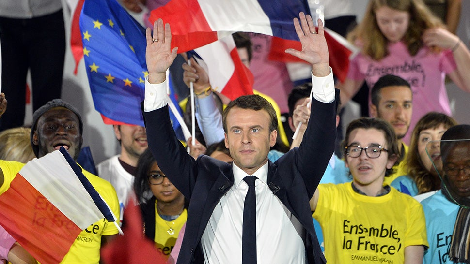 French trade unions warn against Macron win, demonstration due on Monday