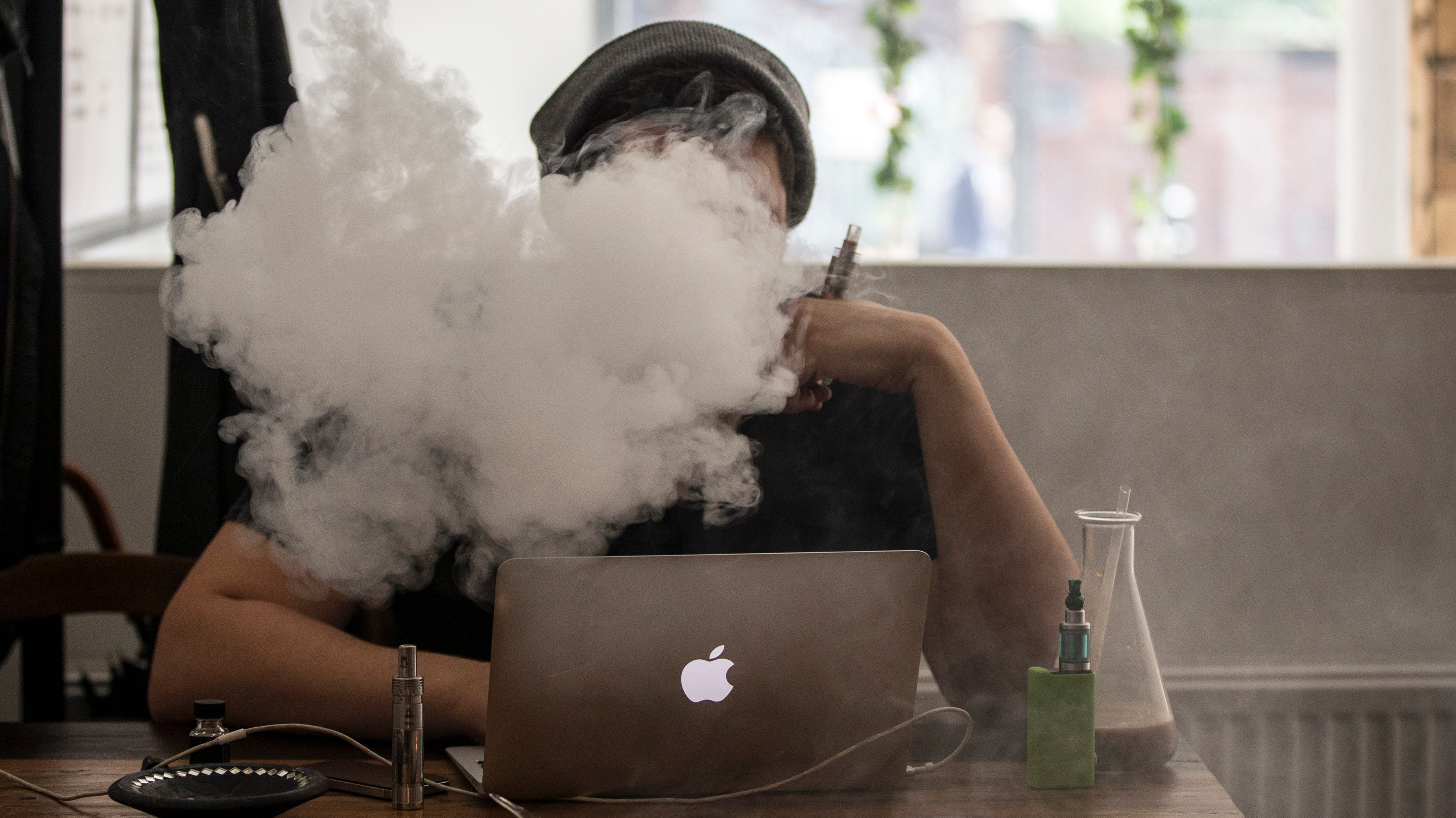 E-Cig Vapour Tested Positive For Lead And Arsenic In New Study