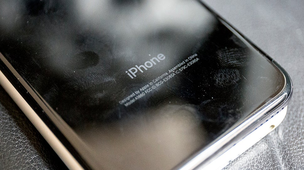 Of Course Apple Is Getting Sued Over The Old iPhone Throttling Fiasco