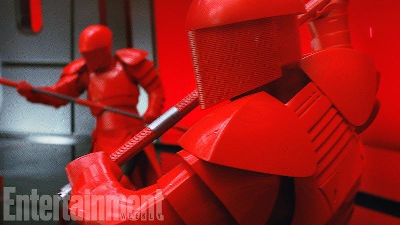 Supreme Leader Snoke's Personal Bodyguards In The Last Jedi Are Ridiculously Badarse