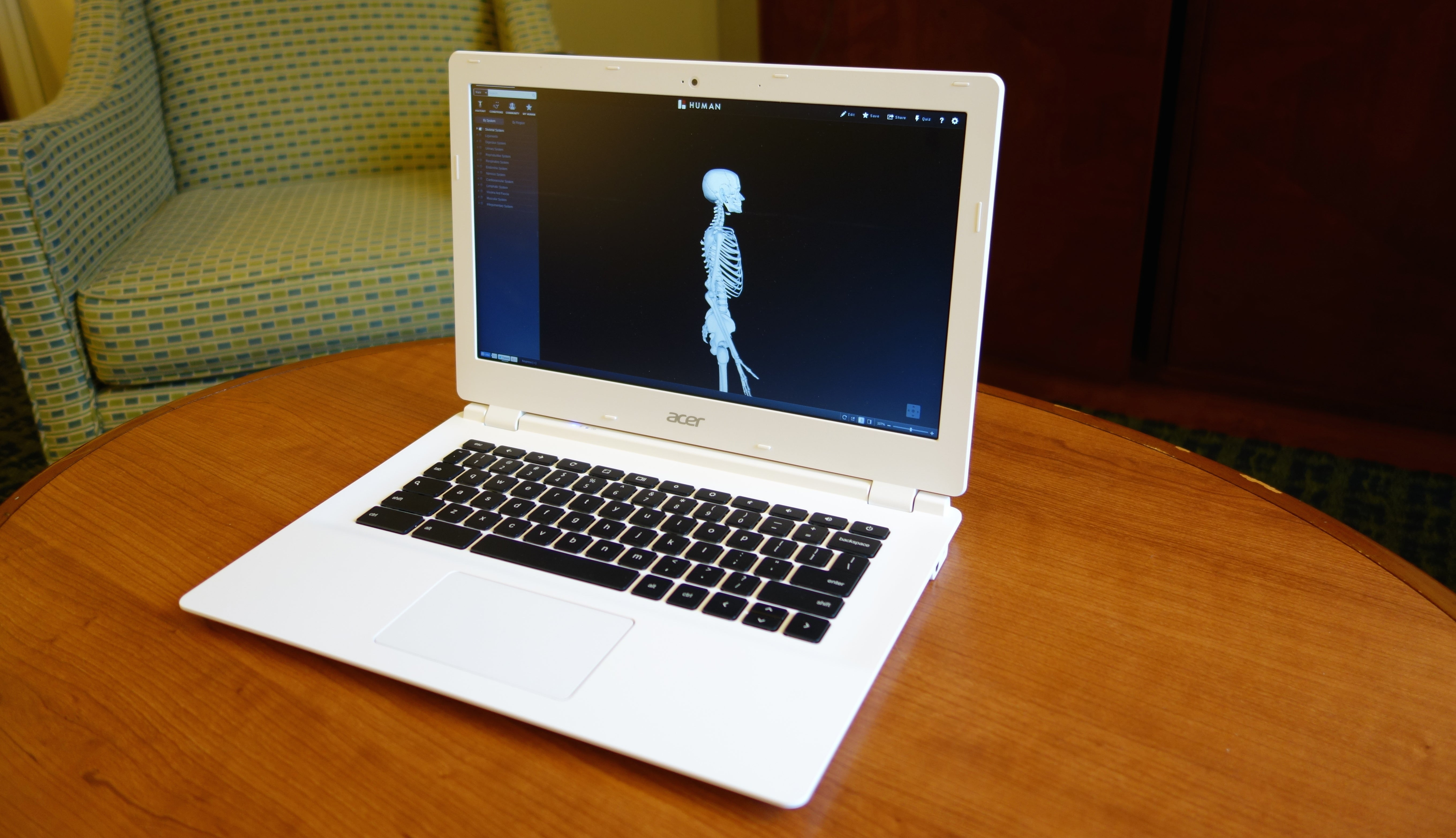 Acer Chromebook 13 Hands-On: Gaming Guts In A Chromebook Body