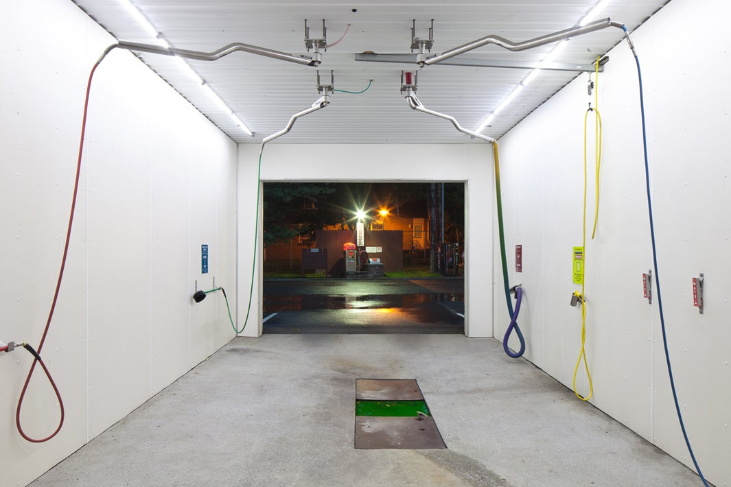 These Photos Show the Lonely Interiors of Empty Car Washes