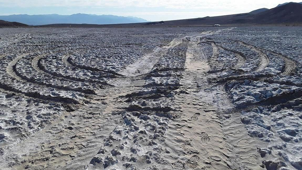 Inconsiderate Arseholes Are Damaging Parts Of Death Valley