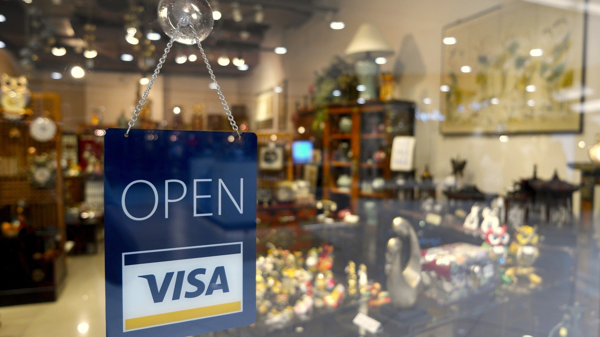 Take Pictures Of Your Credit Card Before You Travel