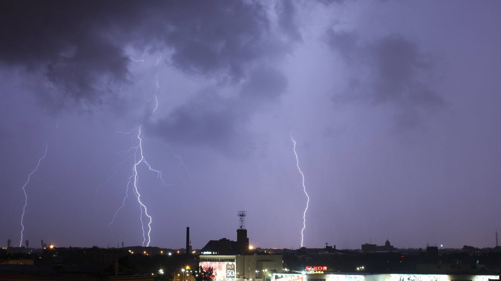 Boat Exhaust Could Be Causing More Lightning