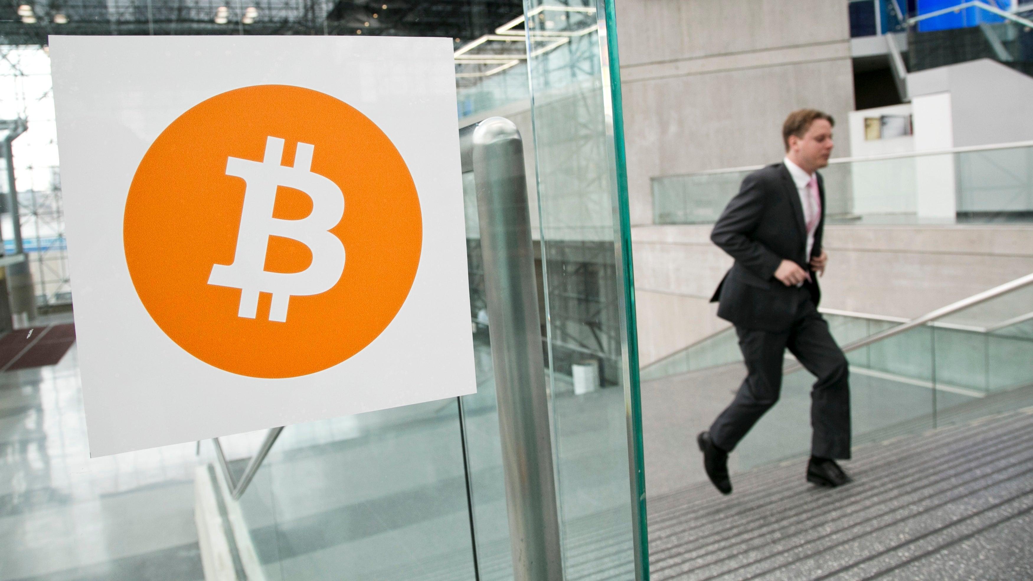 Cryptocurrency Speculators Watch Nervouslyas South Korea Bans ICOs