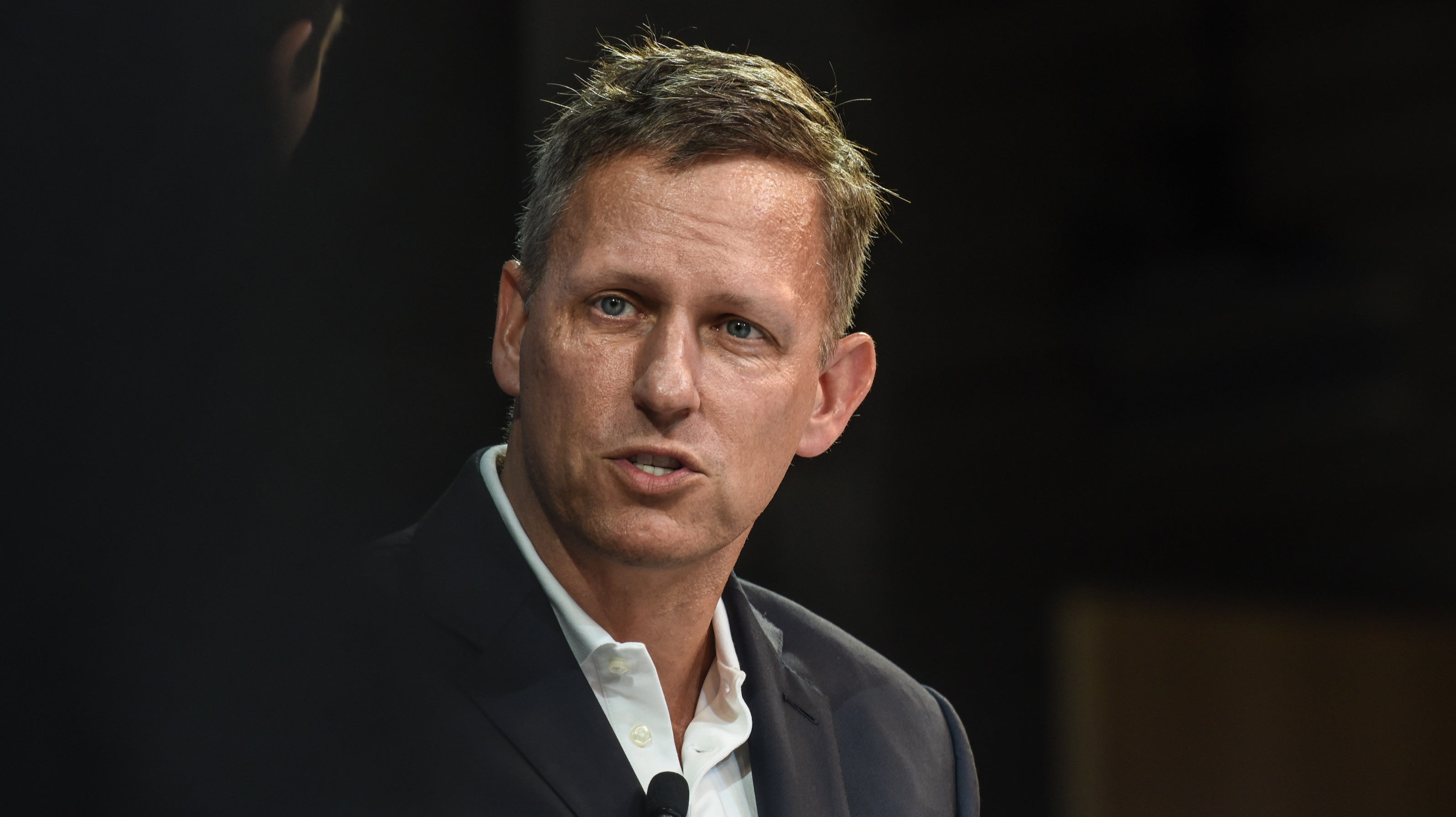 Trump Admin Gives Coronavirus Tracking Contract To Peter Thiel's Palantir: Report