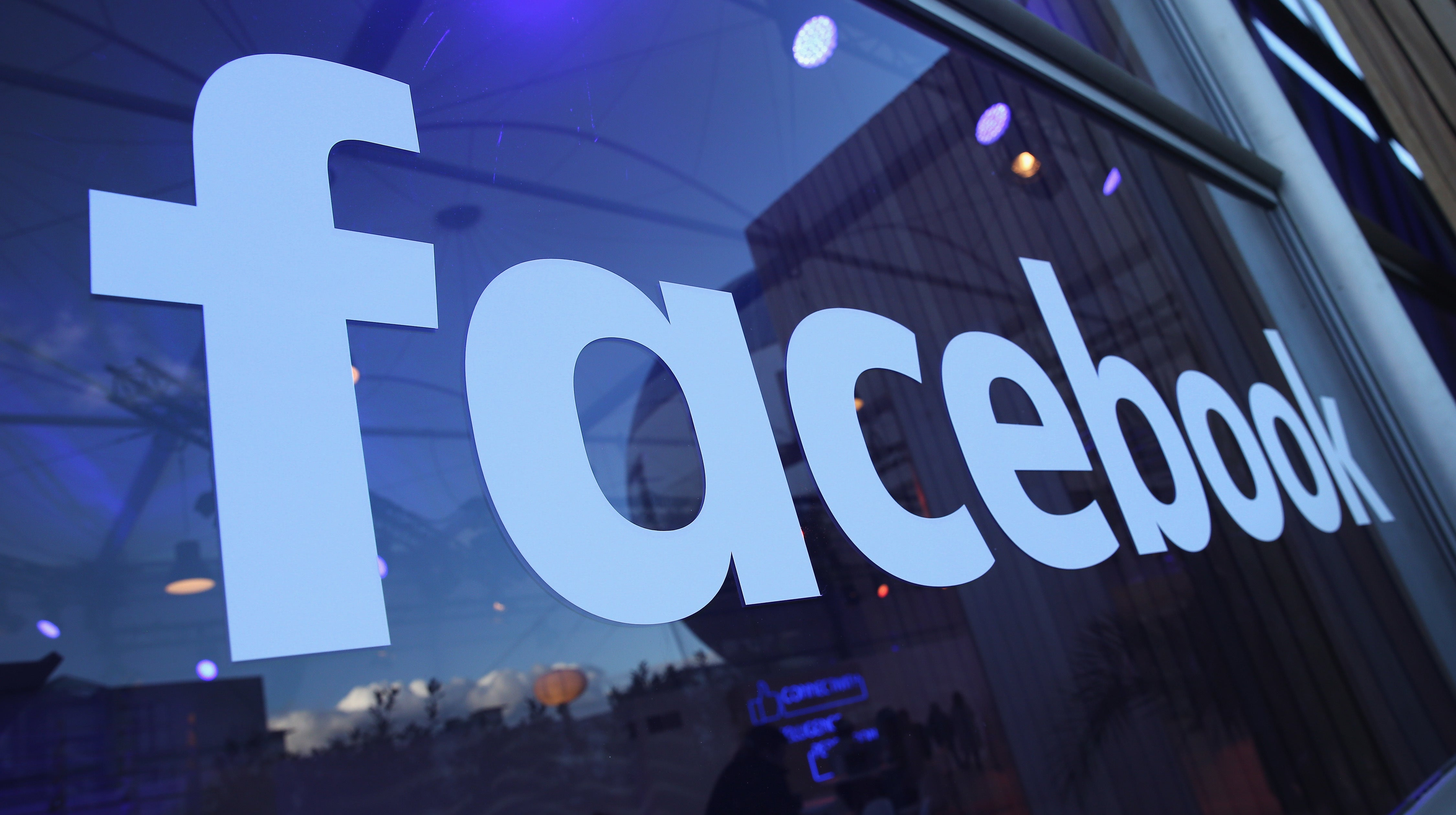 Report: Facebook Is Fighting A Demand To 'Wiretap' Messenger In A US Gang Case