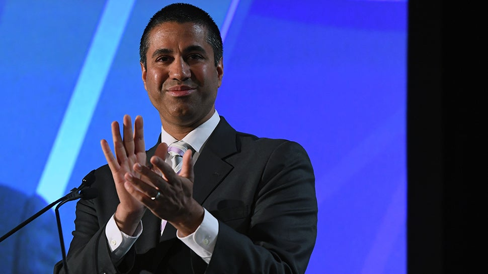 US FCC Votes To Kill Net Neutrality, Capping A Year Of Endless Bullshit