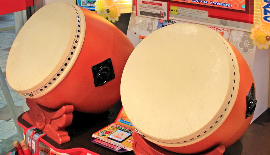 Footage Of Alleged Taiko No Tatsujin Drum Robbery At Japanese Arcade