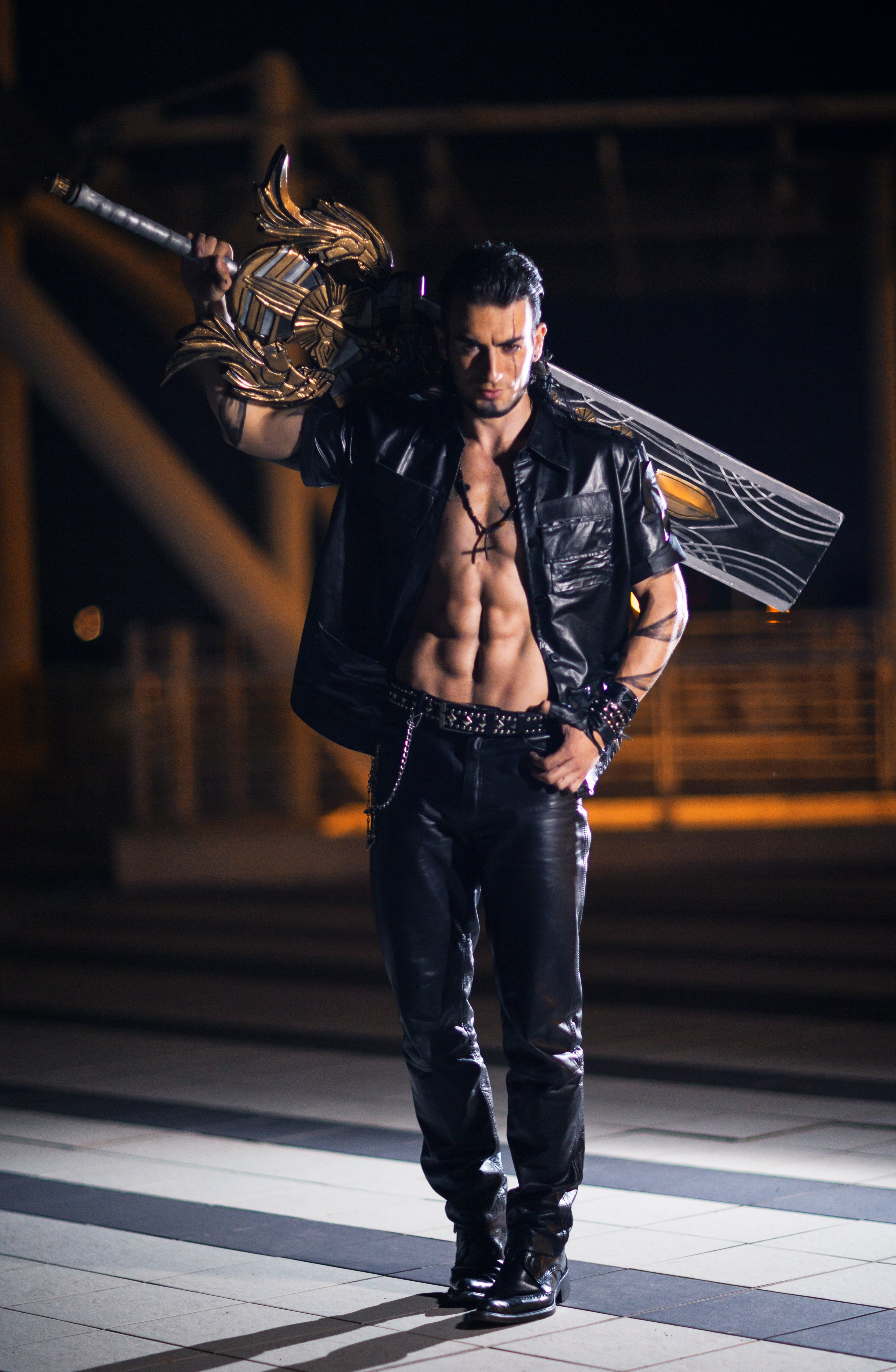 Final Fantasy XV Cosplay Gets It Right