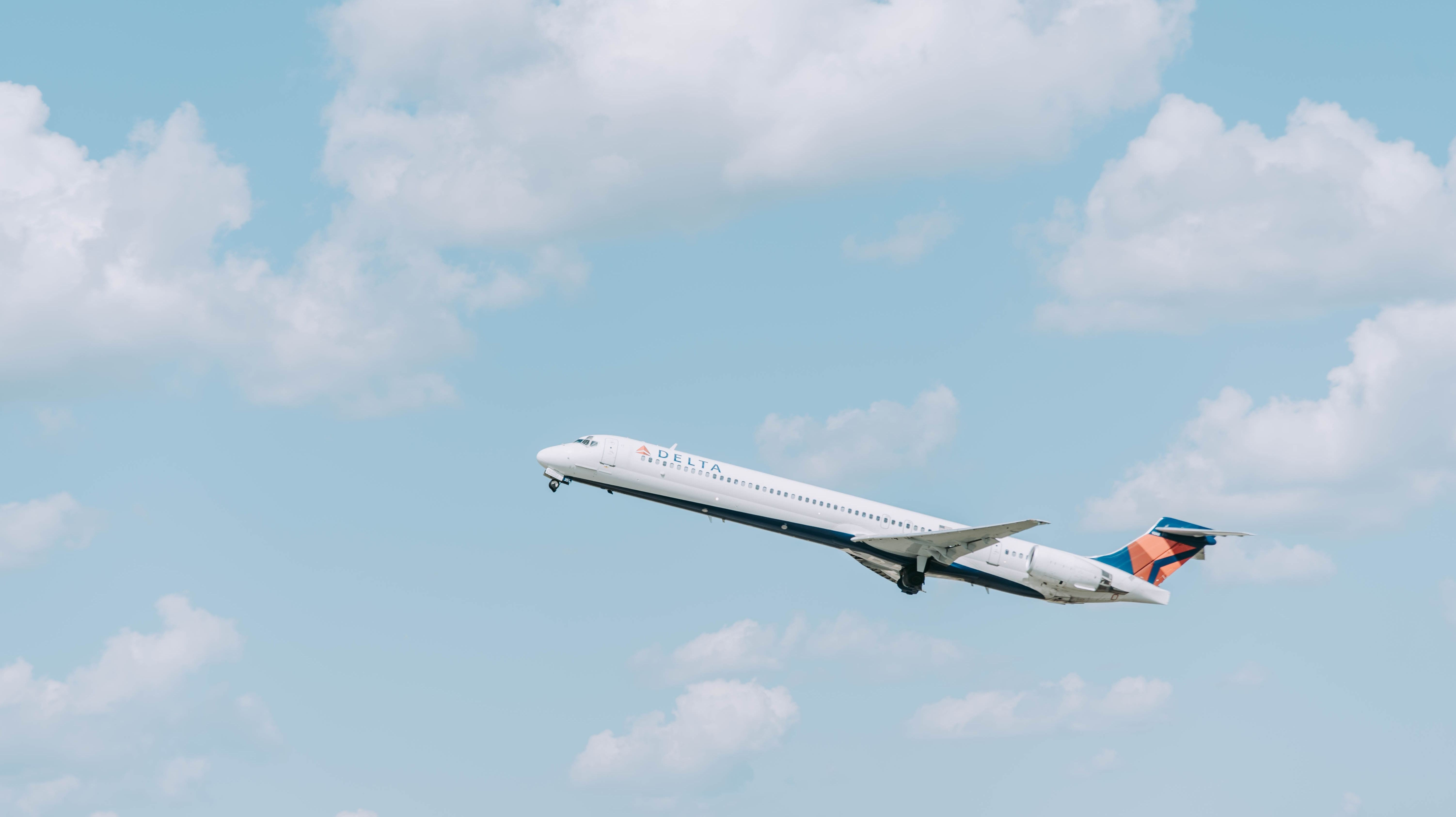 Use These Websites To Find Cheap Air Fares