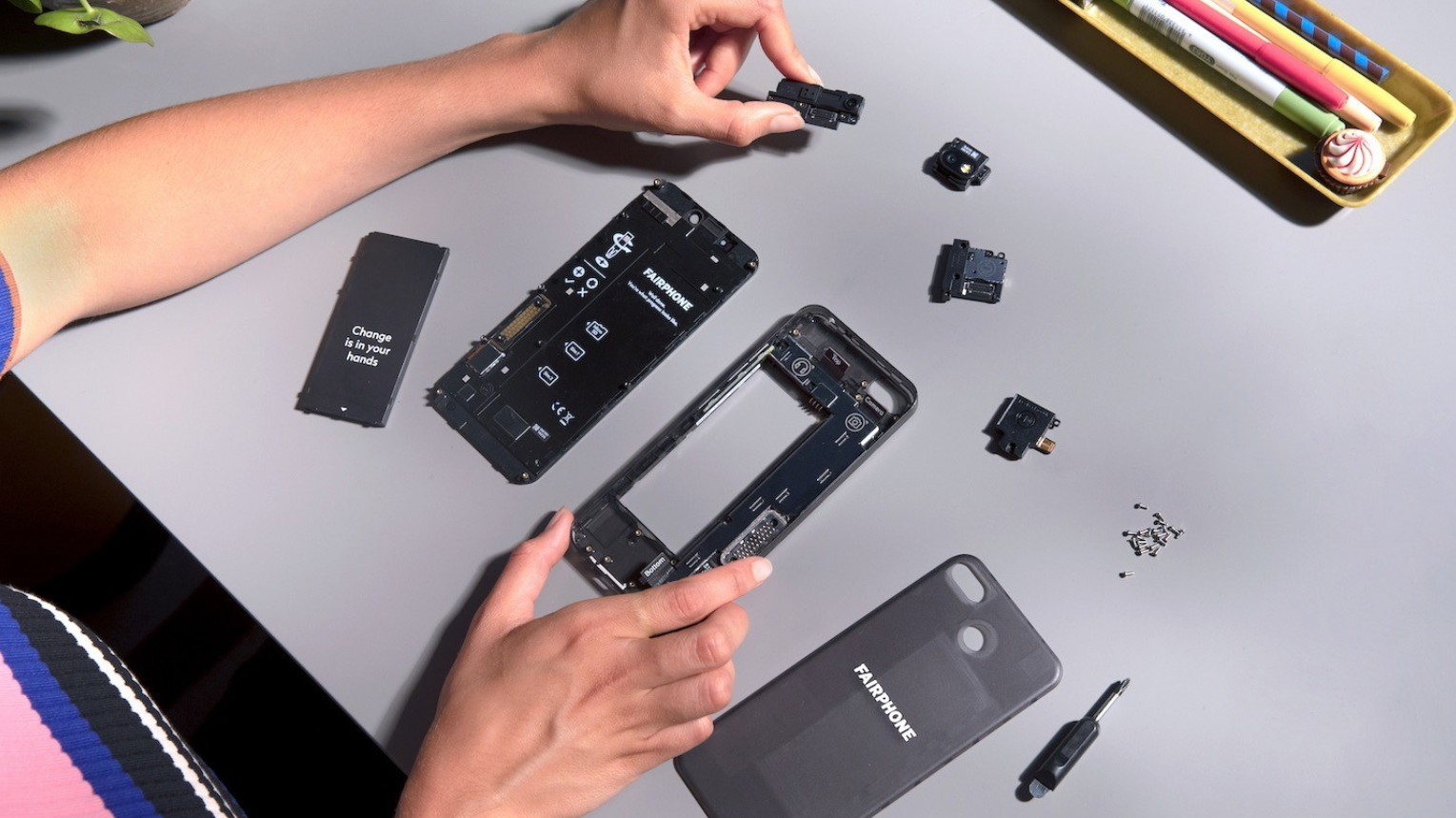 Repair Nerds Suitably Impressed With The Very Repairable Fairphone 3