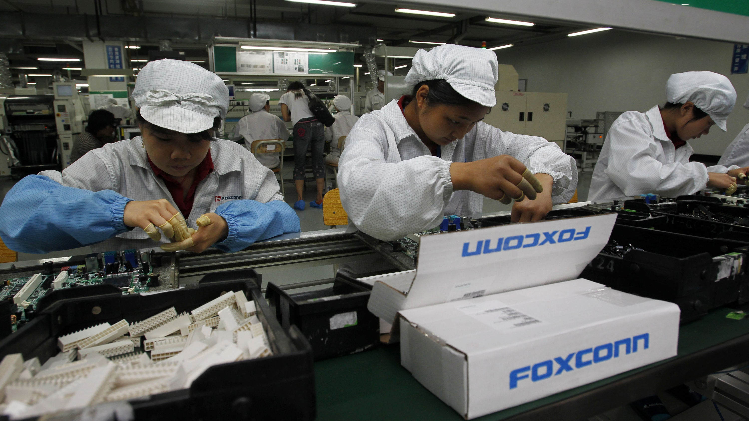 IPhone X assembly carried out by students working illegal overtime