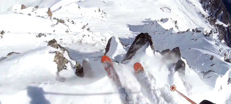 Terrifying video: I just can't believe how insanely crazy this skier is