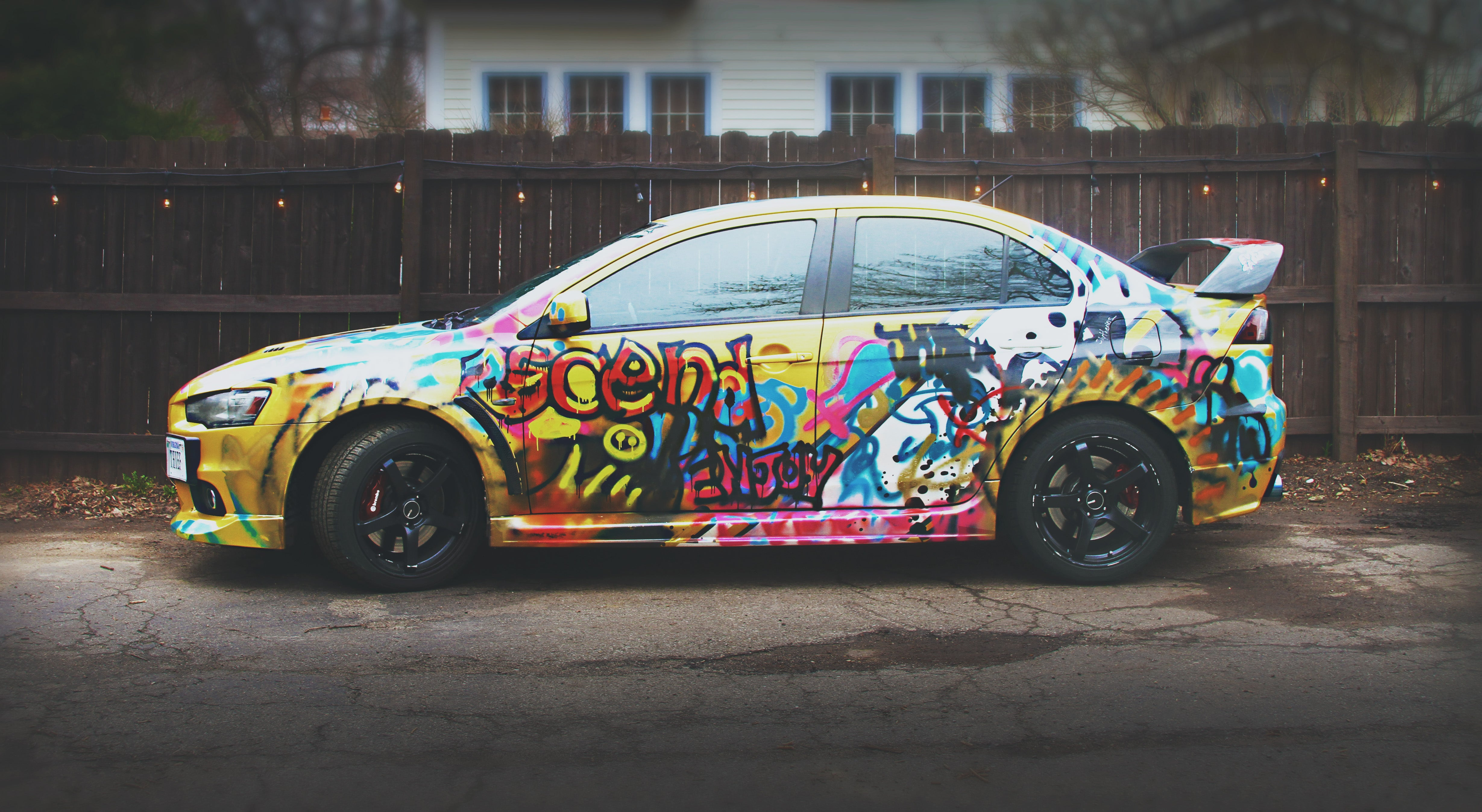 Why you should give your car a shitty paint job gizmodo for Car paint designs pictures