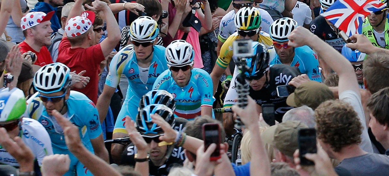 Stupid Tour de France Selfies Could Get Somebody Killed