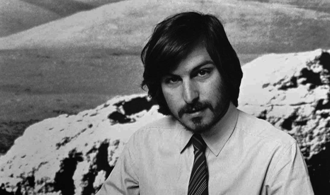 Steve Jobs Imagines 'Nationwide' Internet in 1985 Interview
