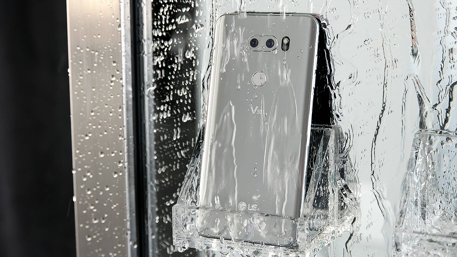 The LG V30 Sold Its Soul For Mainstream Appeal, But Hey, Its Camera