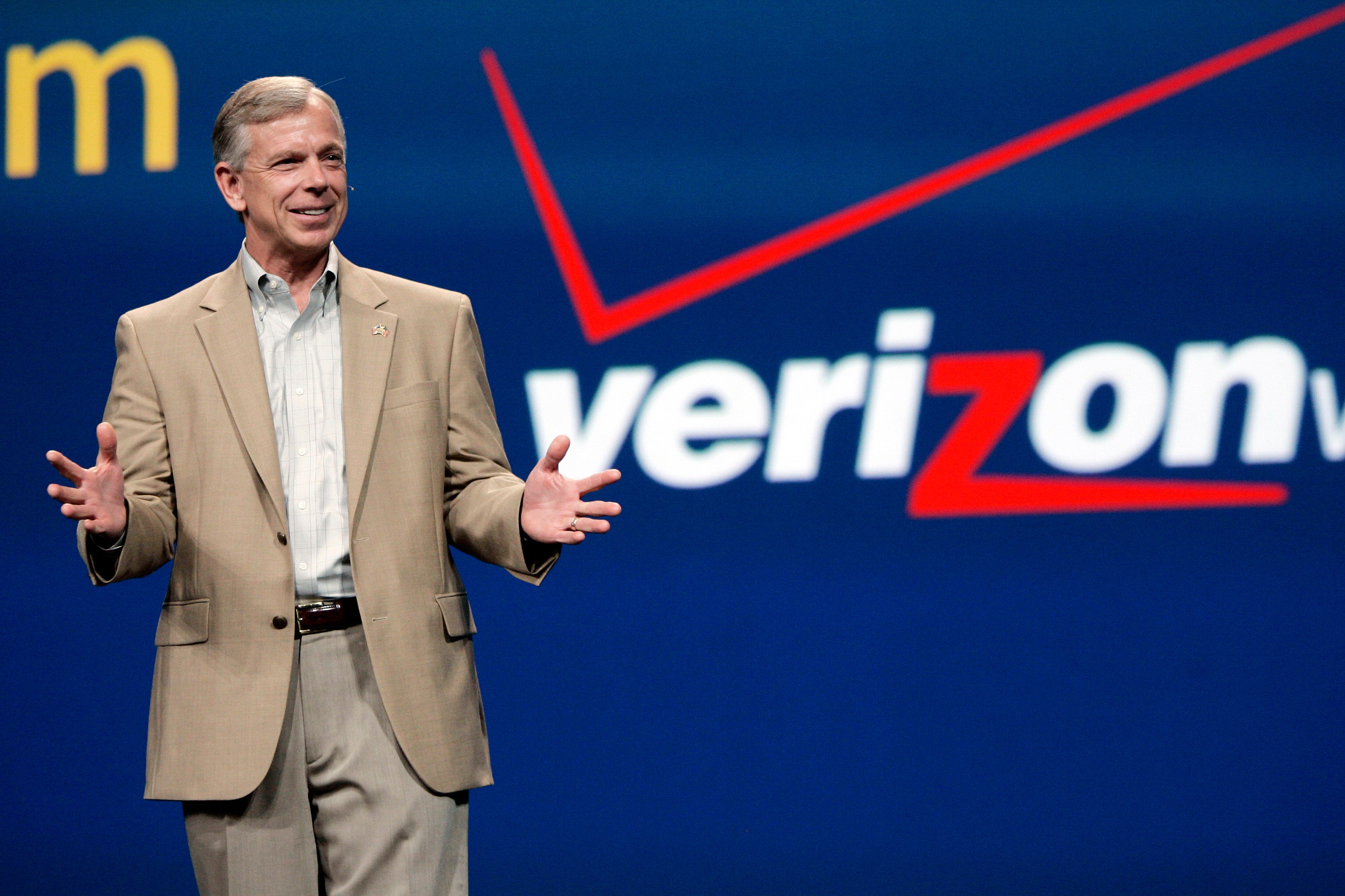 Verizon To Fuse AOL And Yahoo Together To Create 'Oath'