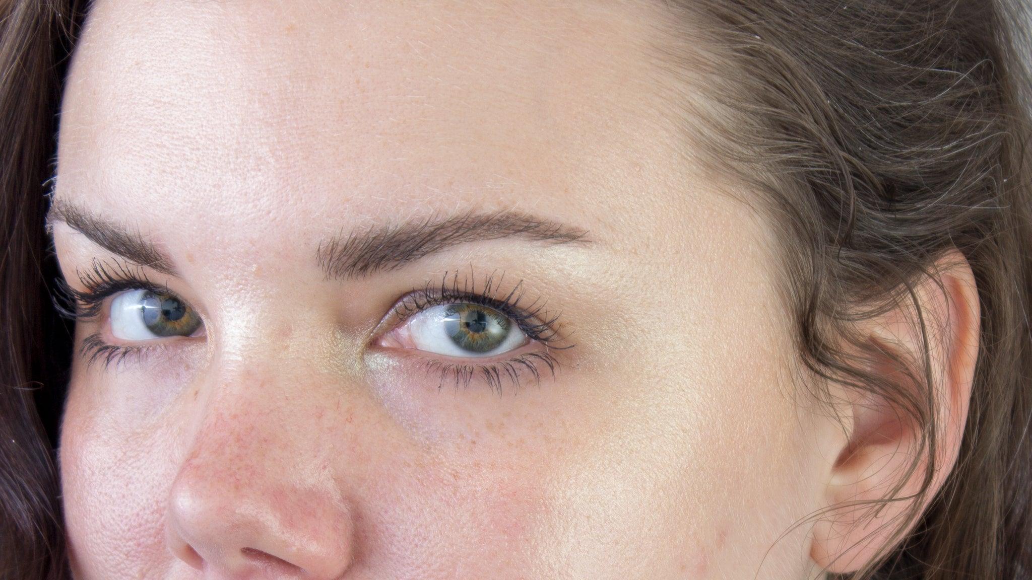 How To Make Highlighter Look Like Your Own Beautiful Skin