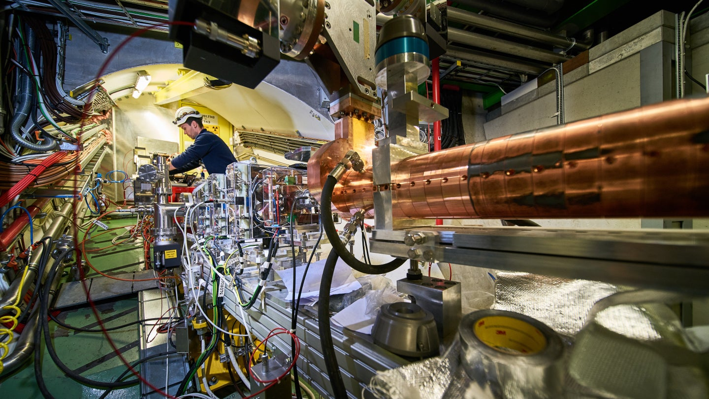 Physicists Achieve Incredible Electron-Accelerating Feat At Small Scale