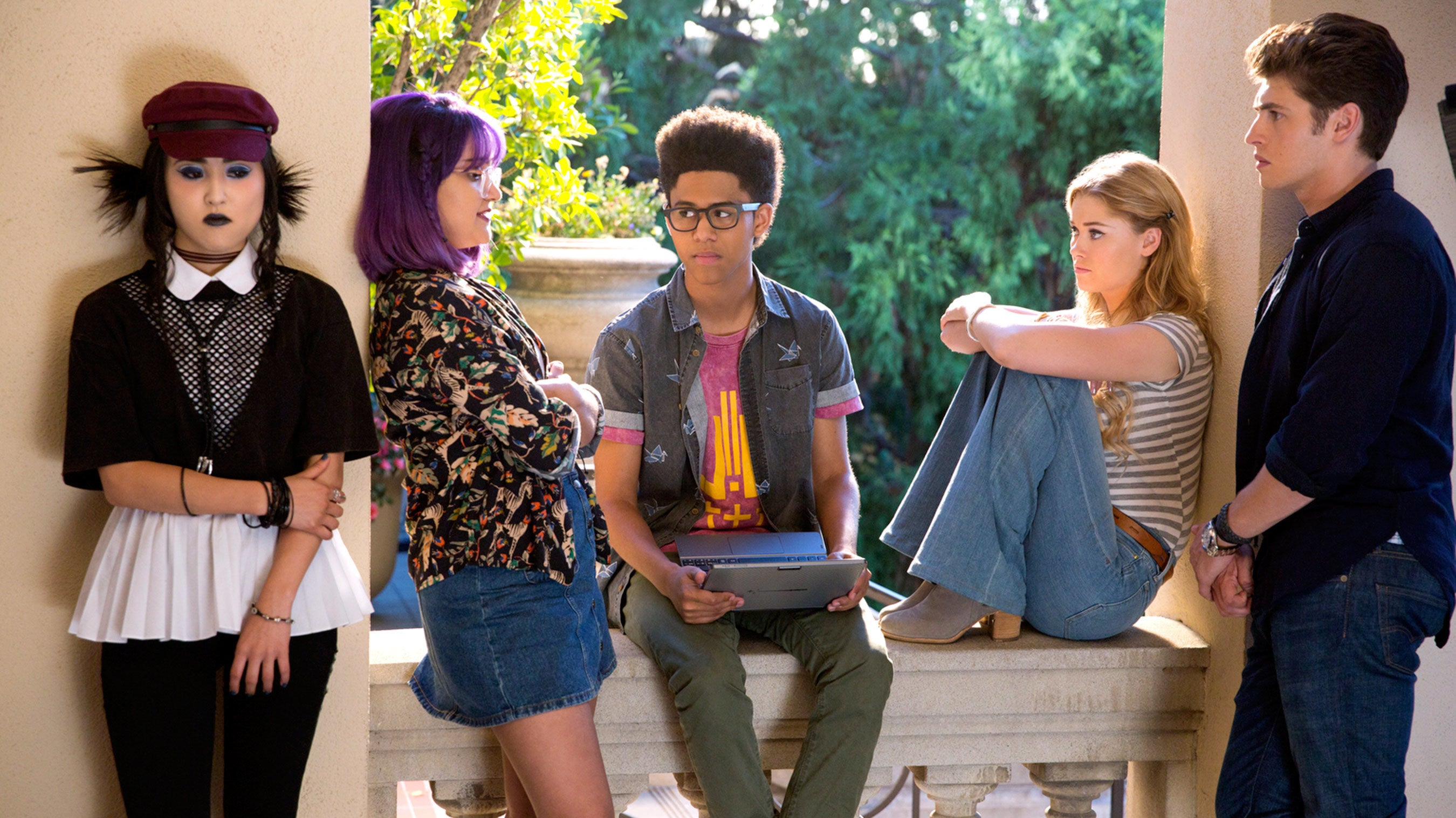 Runaways' Second Season Will Arrive This Summer And Feature A Connection To The MCU