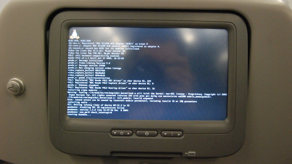 Researcher Can Hack Aeroplanes Through In-Flight Entertainment Systems